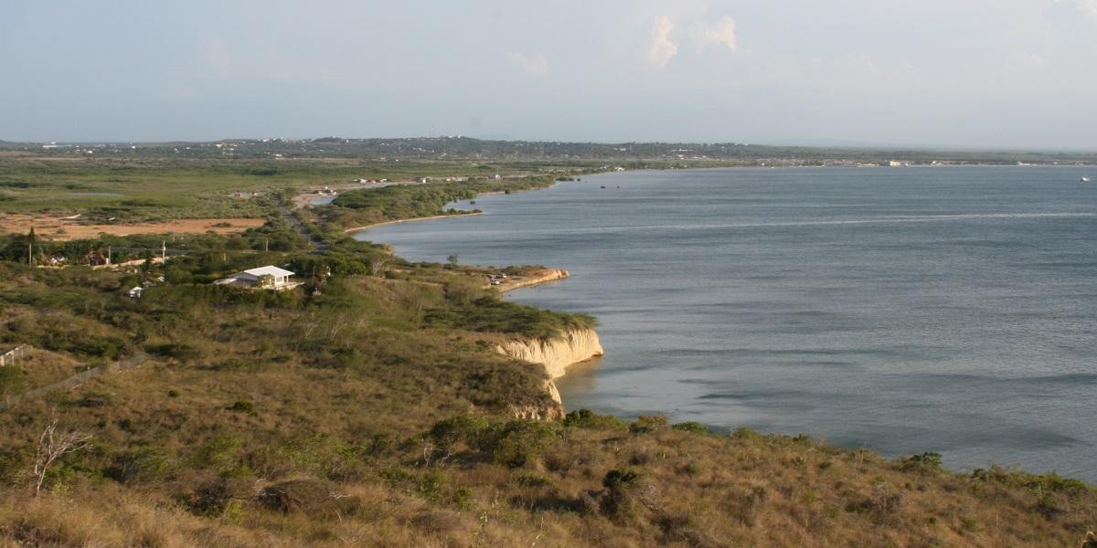 מראה החוף של מונטה קריסטי מאל מורו