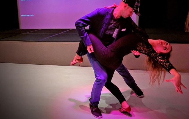 ריקוד בצ'טה אופייני