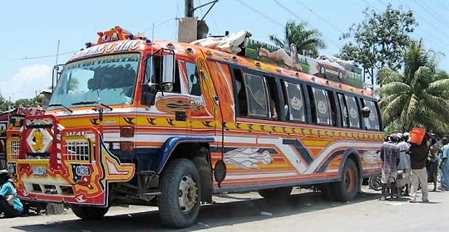 20 דברים שחובה לדעת לפני טיול ברפובליקה הדומיניקנית - מונית דומיניקנית משותפת