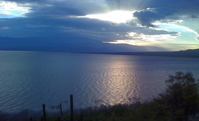 אגם Enriquillo בברהונה