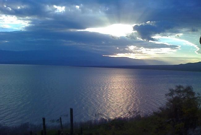 אגם Enriquillo - הפארק הלאומי Sierra De Bahoruco