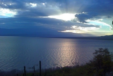 אגם Enriquillo - הפארק הלאומי Sierra De Bahoruco - עותק